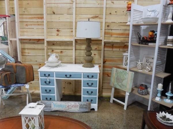 shutter display shelf